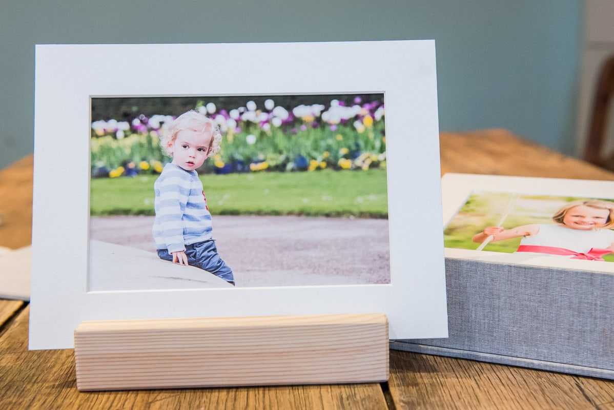 flatly picture of a photoshoot gift voucher